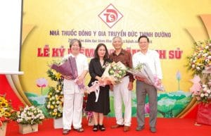 Lễ kỉ niệm 200 năm lịch sử nhà thuốc Đông y gia truyền Đức Thịnh Đường