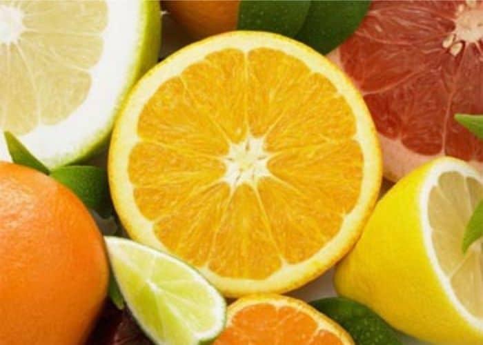 trai cay chua acid - Ăn gì để trị tiểu buốt? Khám phá ngay 4 thực phẩm tốt cho người tiểu buốt.
