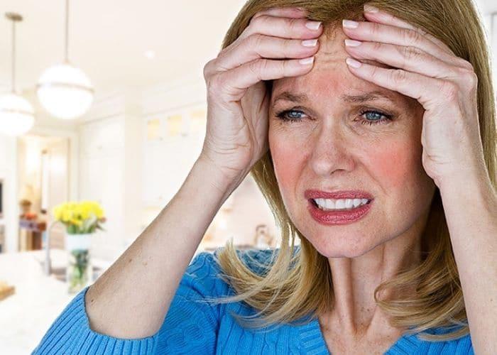 phu nu man kinh mac viem tiet nieu - Giải pháp nào cho viêm đường tiết niệu ở phụ nữ mãn kinh ?