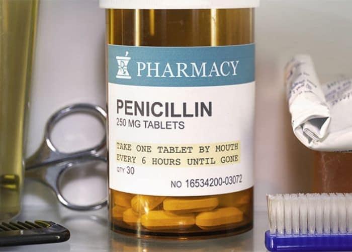"""su dung penicillin tri viem duong tiet nieu - Thuốc kháng sinh điều trị viêm đường tiết niệu - """" CON DAO HAI LƯỠI"""" cho sức khỏe của chính bạn."""