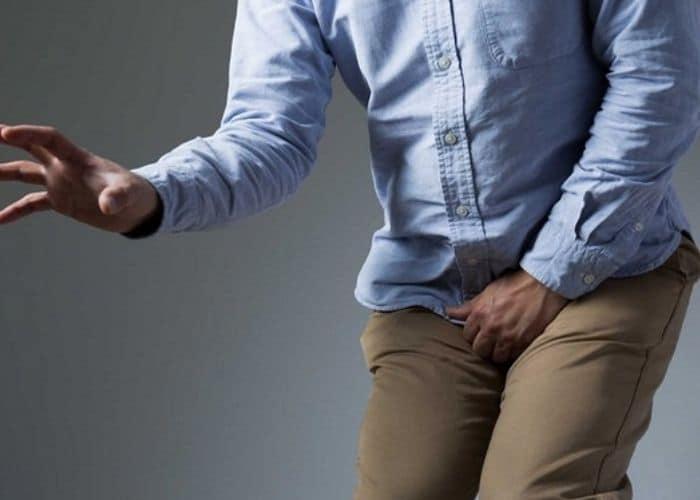 3. viem tiet nieu do nhin tieu - Viêm đường tiết niệu gây chậm kinh. Thực hư hiện tượng này là gì?