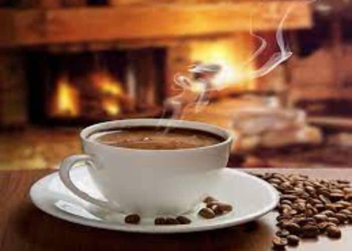 5. nguyen nhan tieu khong tu chu tam thoi do uong cafein - Nguyên nhân tiểu không tự chủ và lời giải đáp từ chuyên gia