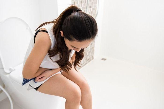 tieu kho dau bung 1 - Chia sẻ ngỡ ngàng từ bác sĩ chuyên khoa tiết niệu về chứng tiểu khó đau bụng
