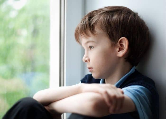 bi tieu tre nho roi loan than kinh - Bí tiểu ở trẻ em: Nguyên nhân, triệu chứng và cách điều trị hiệu quả