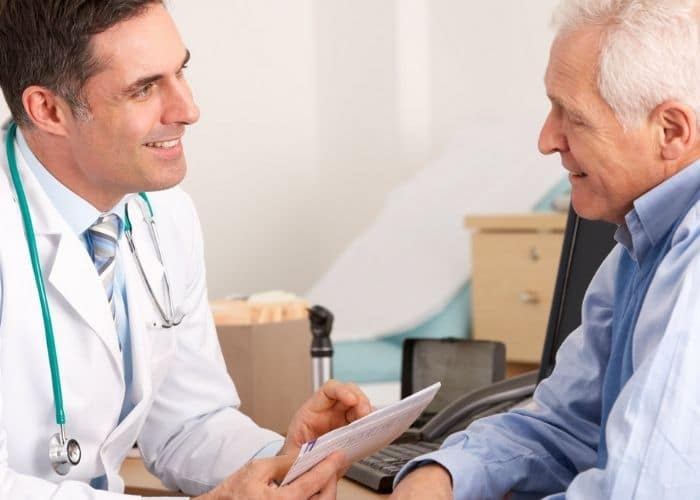 cach chua bi tieu o nguoi gia 1 - Cách chữa bí tiểu ở người già an toàn và hiệu quả nhất hiện nay