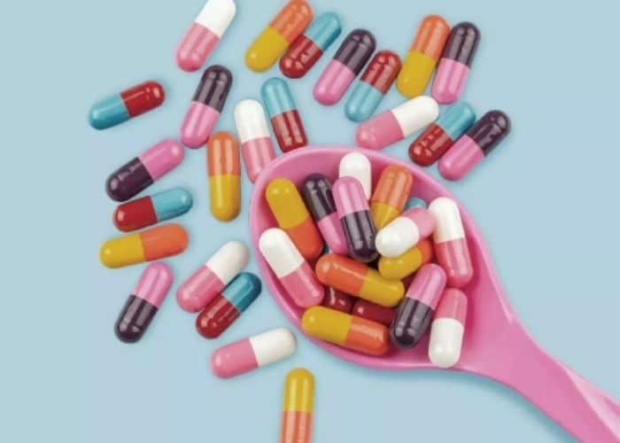 chua tieu ra mau bang thuoc khang sinh - Đi tiểu nhiều lần ra máu: Nguyên nhân & Cách chữa trị hiệu quả nhất