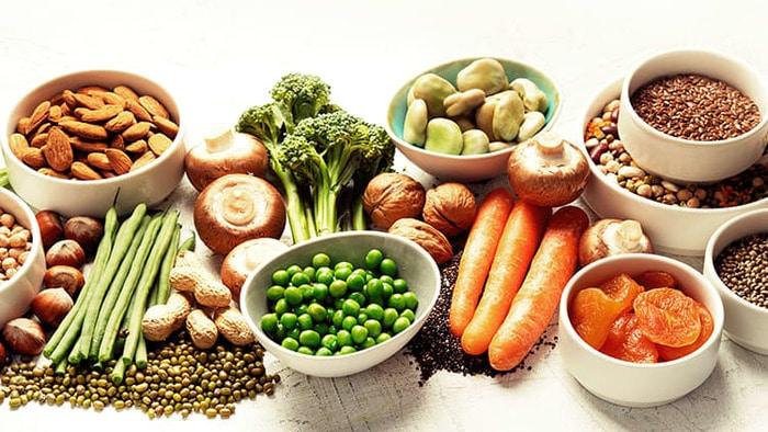 """kho tieu nen an gi 3 - Khó tiểu nên ăn gì? Lưu ngay danh sách thực phẩm """"vàng"""" để điều trị chứng khó tiểu"""