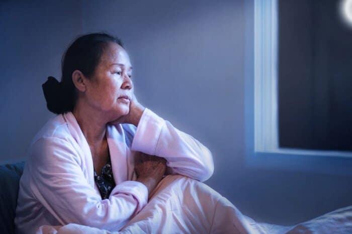 tieu dem va cach chua tri 5 - Những sự thật về chứng tiểu đêm và cách chữa trị có thể bạn chưa từng biết