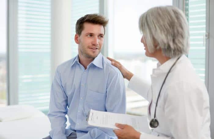 di tieu nhieu lan va buot 8 - Tại sao bị đi tiểu nhiều lần và buốt? Câu trả lời của bác sĩ chuyên khoa là...