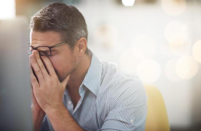 viem tuyen tien liet kieng gi 2 - Viêm tuyến tiền liệt kiêng gì? Cần làm gì khi mắc viêm tuyến tiền liệt?