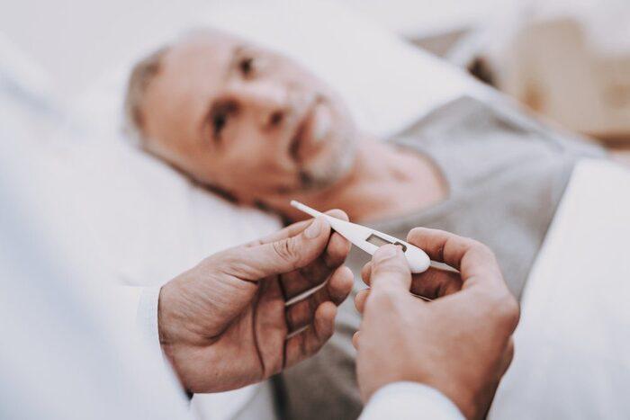viem tuyen tien liet o nguoi gia 3 - Bệnh viêm tuyến tiền liệt ở người già và những điều không nên bỏ qua