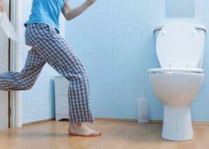 Hiện tượng đi tiểu nhiều lần ở nam giới là bệnh gì? Cách phòng ngừa hay