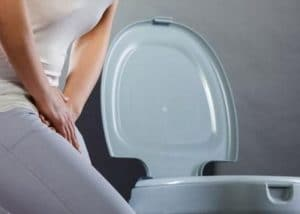 Đi tiểu nhiều lần sau khi uống nước bắt nguồn từ nguyên nhân nào?